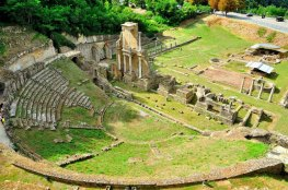 Roman theater Vallebuona-Volterra